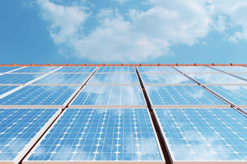 屋根に設置した太陽光発電