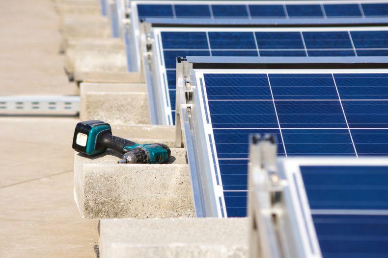 太陽光発電の設置には向きや角度が重要