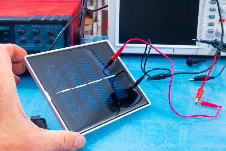 太陽光パネルの開発